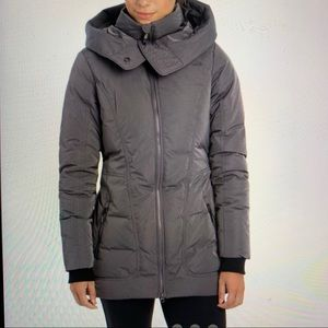 Lole Insulated Gray Slim-silhouette hooded Jacket